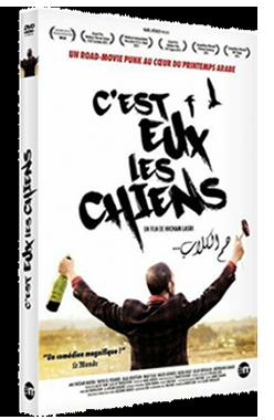 DVD film cinéma C'est Eux Les Chiens